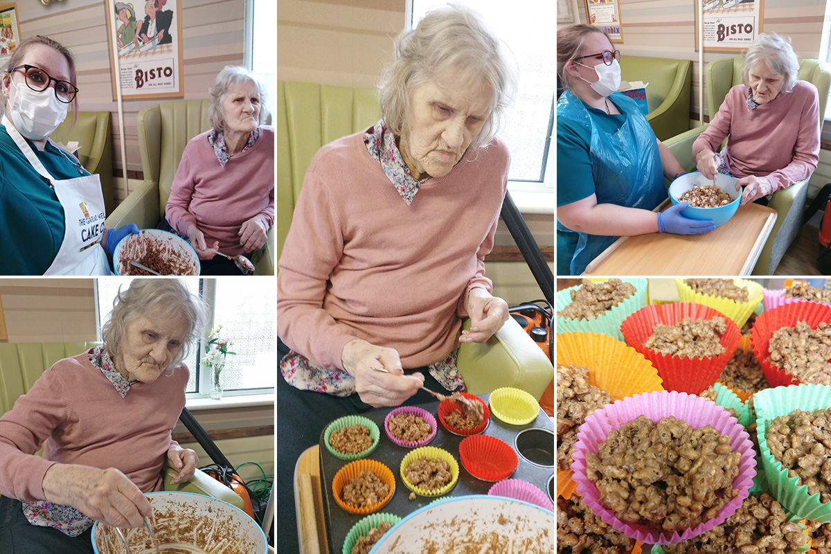 Baking Club returns to Lulworth House Residential Care Home