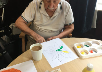 Relaxing arts, crafts and puzzles at Lulworth House Residential Care Home 3